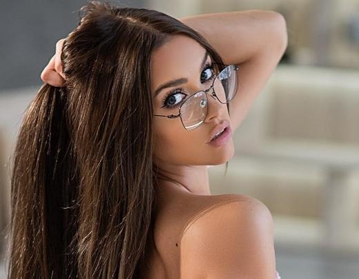 Ak, kungs, cik viņa ir skaista. Katra vīrieša sapnis! + princeses INSTAGRAM privātais konts. 2.daļa
